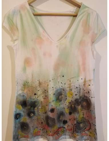 """Camp abstract"" tricou de dama, pictat manual"