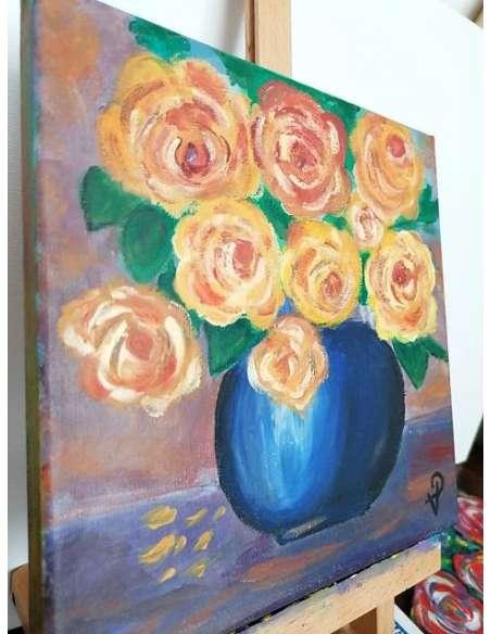Trandafiri în vază albastră