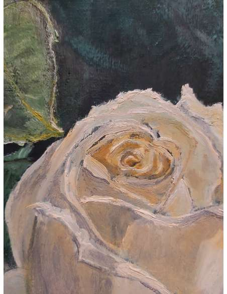 Trandafir alb galbui detaliu