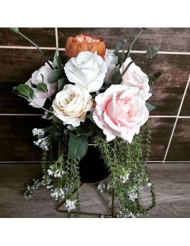 Aranjament floral cu suport