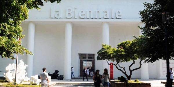 Bienala de la Veneția